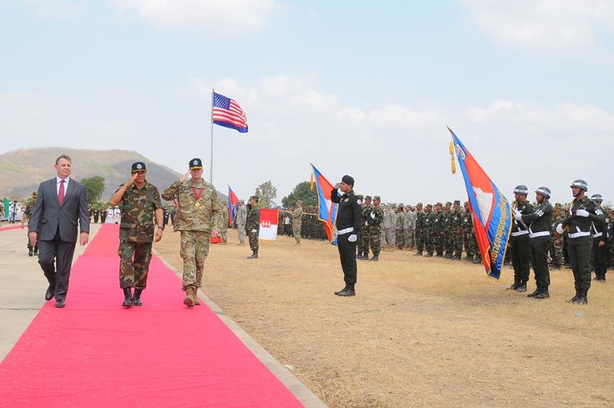 US, Cambodian forces close Angkor Sentinel 2016, celebrate strengthened partnership